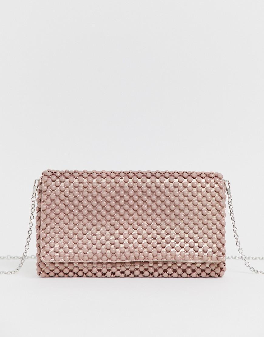 3303916f30f0 Светло-розовый клатч с отделкой бусинами New Look - Бежевый - Glami.ru