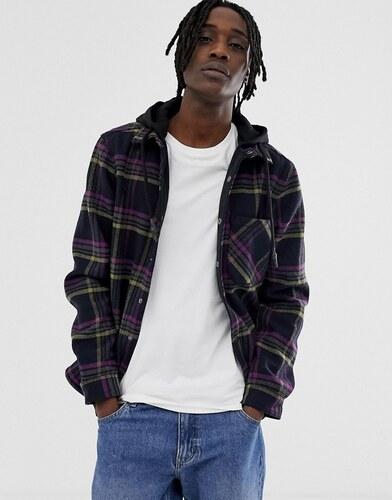 c5ff163d604 Рубашка в клетку с трикотажным капюшоном Pull Bear - Черный - Glami.ru