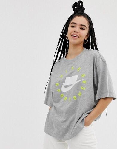 2cf24c4e Серая футболка с логотипом Nike Nsw - Розовый - Glami.ru